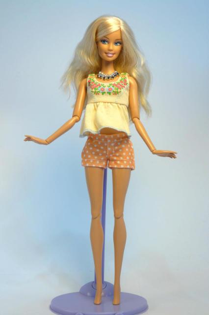 Как сделать в домашних условиях куклу барби 822